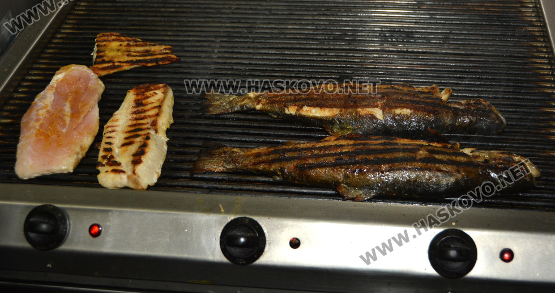 51cf5477200 Ресторант пържи 300 килограма шаран за Никулден - Kardjali.bgvesti.NET