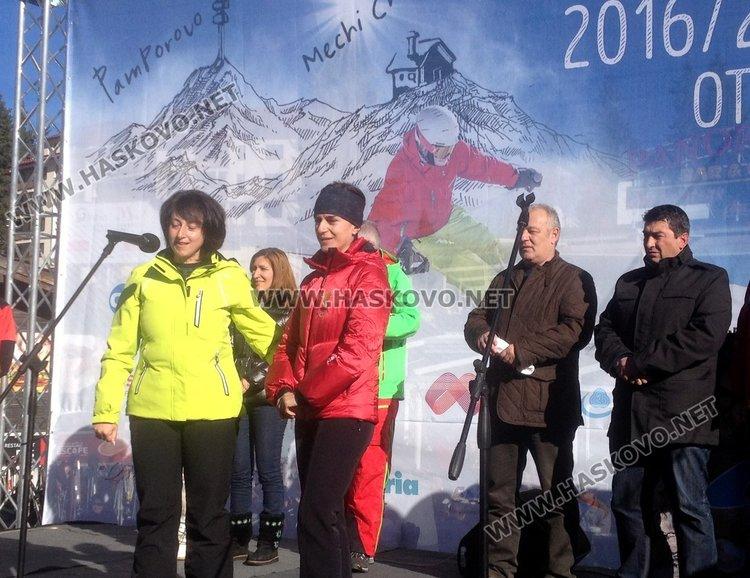 С безплатен лифт откриха ски сезона в Пампорово, наплив от скиори по пистите