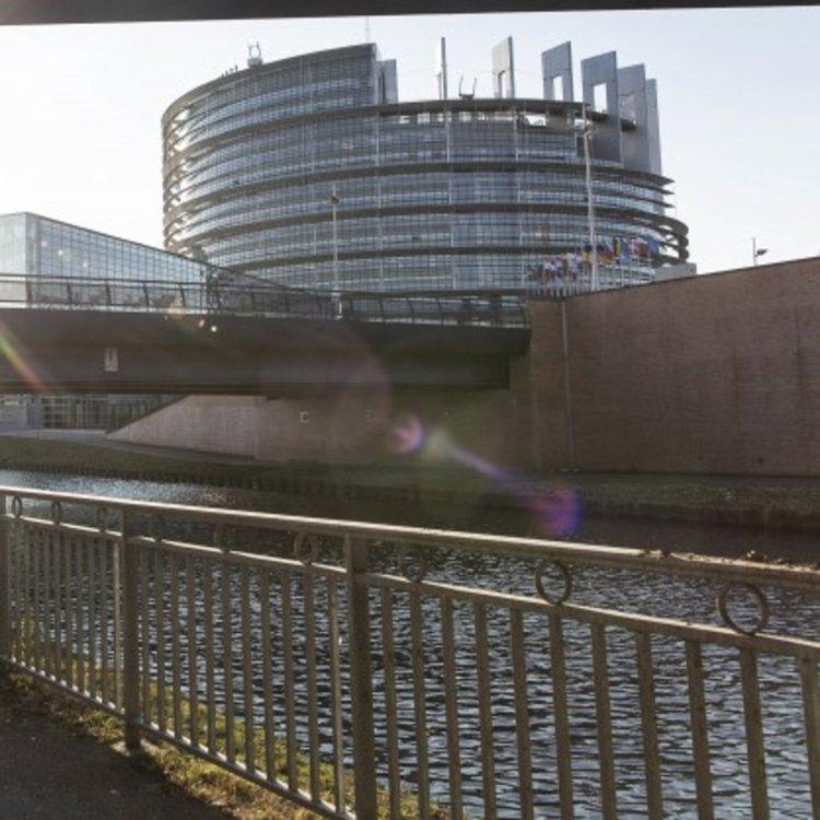 ЕП разби германския план за таксуване на чуждестранни коли