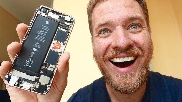 Как си направих сам iPhone - в Китай (видео)