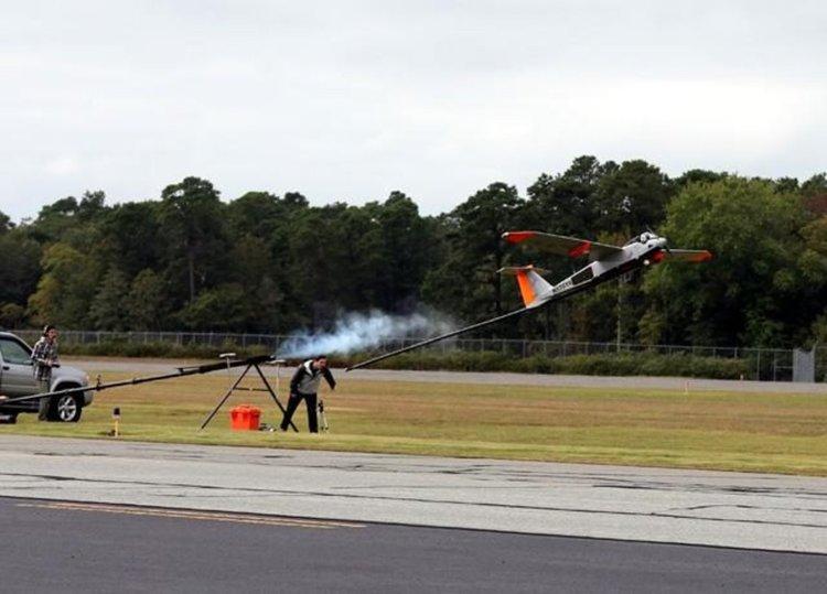 Телекоми тестват летящи 4G станции