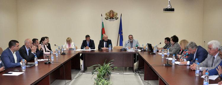 Забраняват питейната вода в още пет села в Димитровградско заради повишена алфа активност