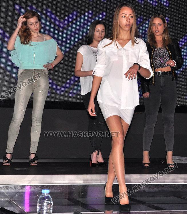 И.Папазова: Българското моделство изчисти имиджа си,користните агенции се стопиха с мутрите