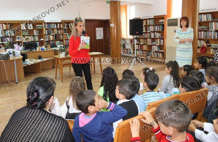"""Авторът на детски книжки от Бургас Теодора Вълева гостува днес в Градска библиотека """"П.Пенев"""""""