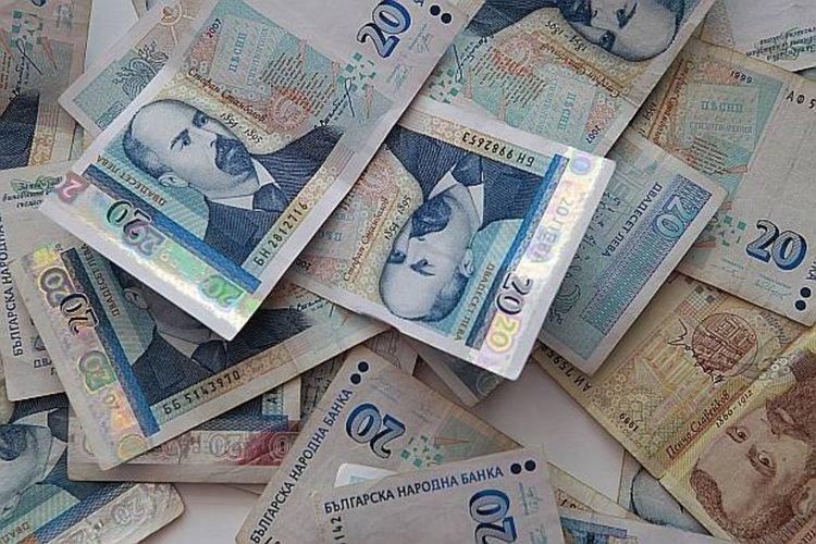 Криминалисти от Перник разследват кражба на крупна сума