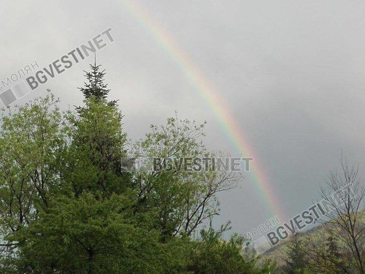 Времето днес: слънчево с краткотраен дъжд следобед