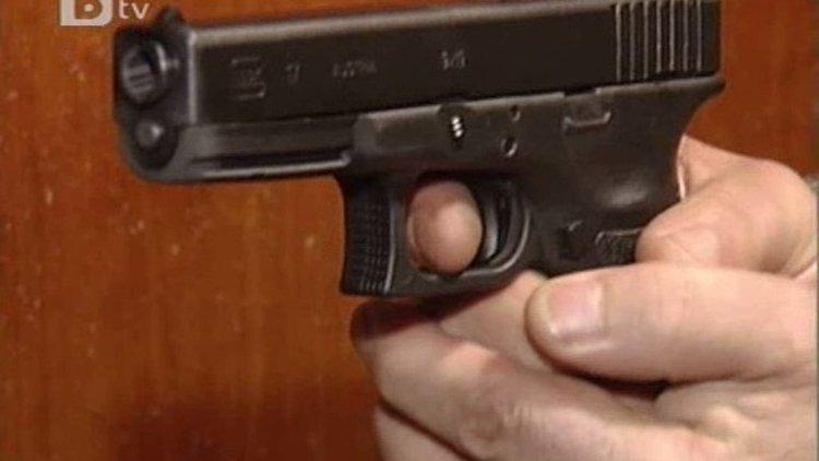 Бивш военен простреля баща на две деца след скандал