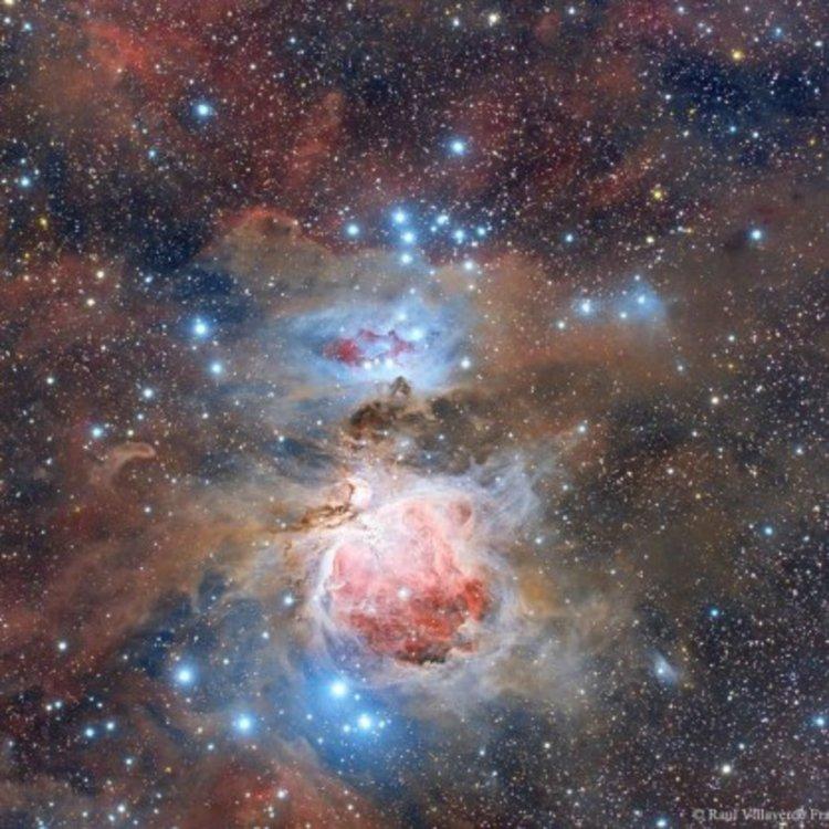 """Телескоп откри """"Фабрика за звезди"""" в мъглявината Орион"""