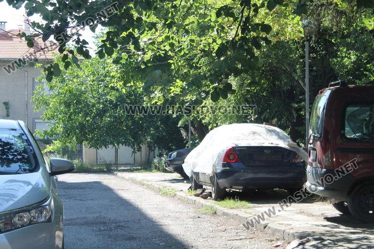 След наша публикация: Стартира акция за премахване на старите коли в Димитровград