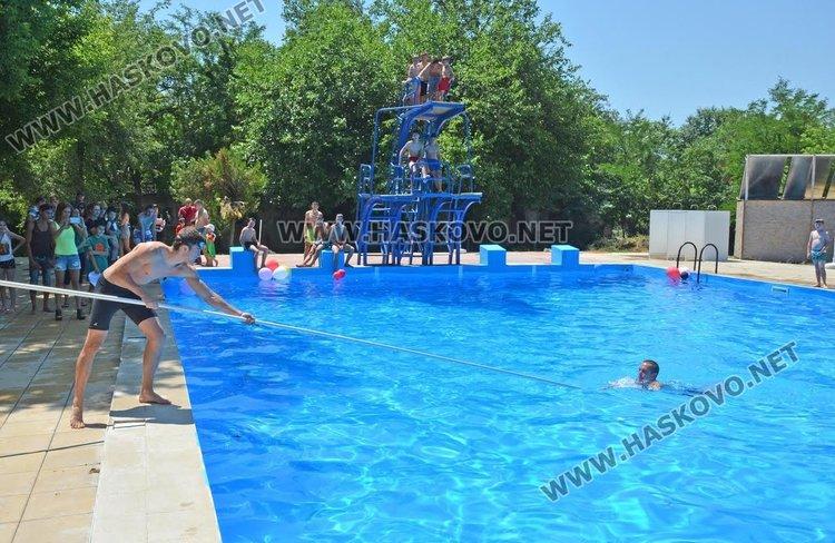 """С демонстрации на водно спасяване басейн """"Химик"""" ще отвори врати на 21 юни"""