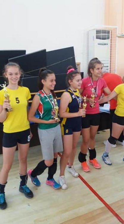 """Момичетата на ВК """"Арда"""" са пети в България"""