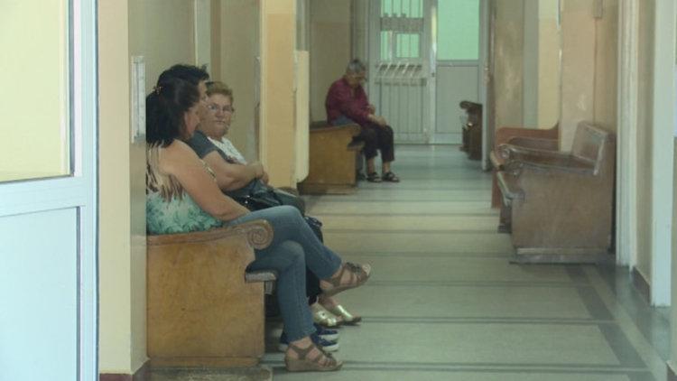 В Кърджали пациенти чакат с години за ТЕЛК, издават им решение посмъртно