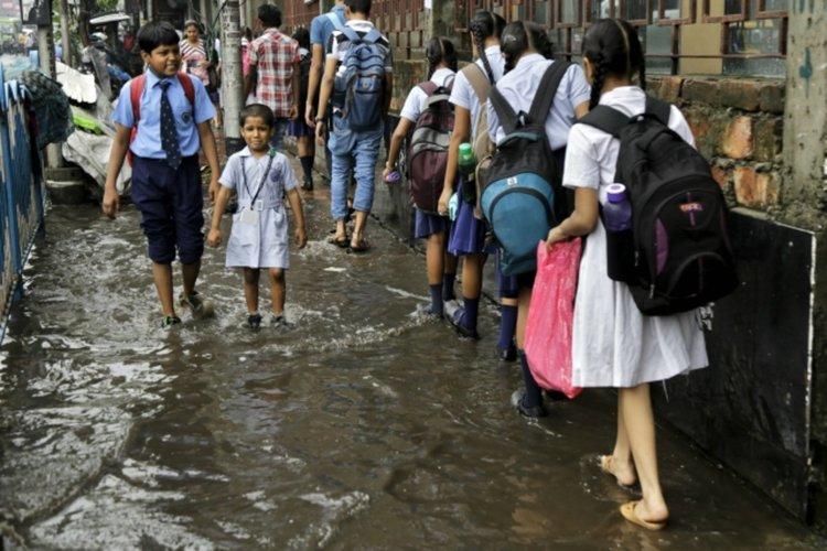 Мусон в Индия отне живота на десетки