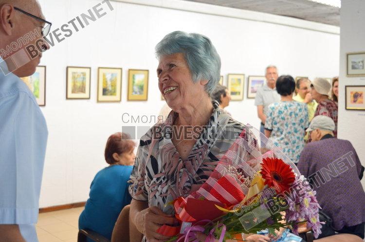 """Елена Добрева-творец, планинар и  учител по съдба откри изложба с """"душа"""""""