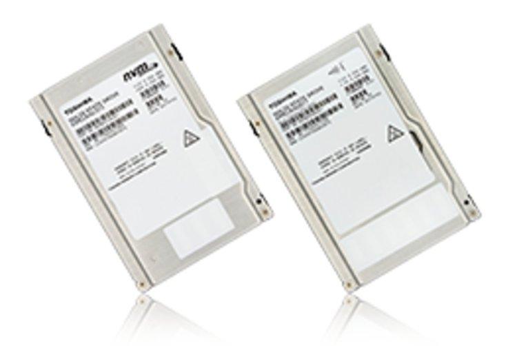 Първите SSD в света с 64-слойна 3D флаш памет