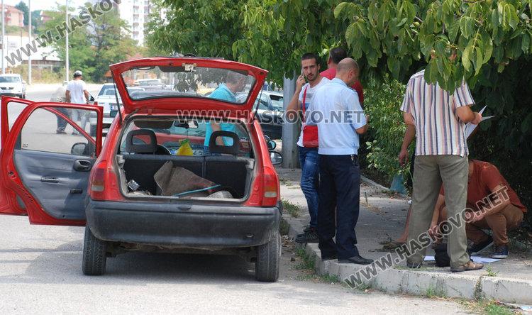 Спипаха боляровец с дрога в колата, тарашат и дома му