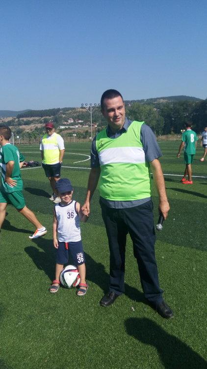 Никола Чанев нанесе първият удар в младежки футболен турнир в Кърджали