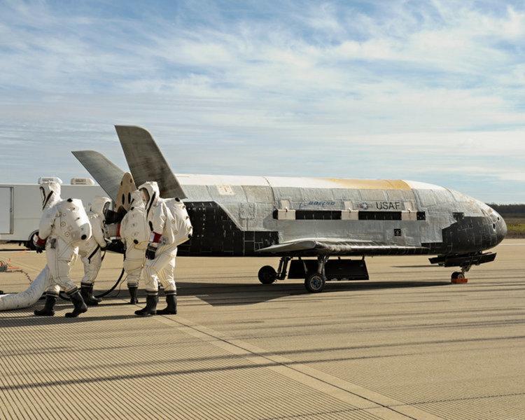 Space X изведе в орбита секретния X-37B (видео)