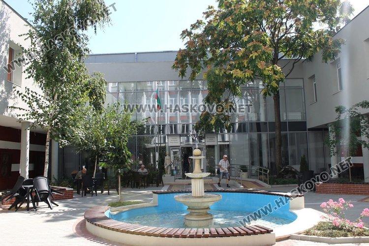 Градска библиотека ще приюти през октомври желаещите да започват курс по основи на програмирането