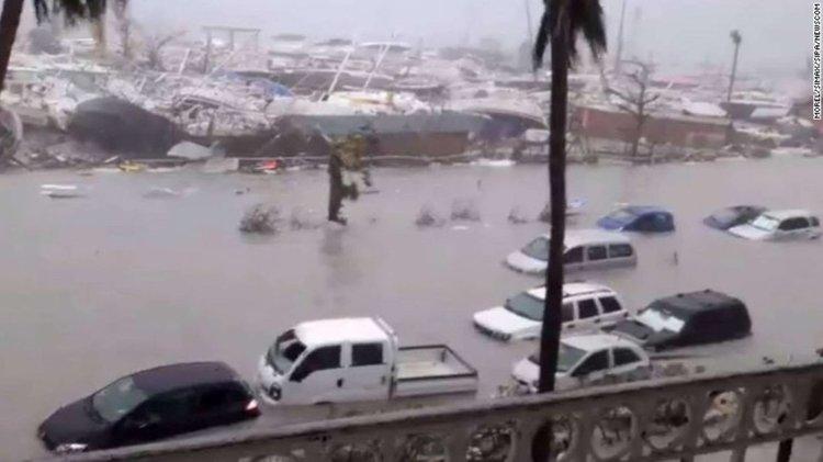 """""""Ирма"""" е най-разрушителният ураган в историята"""