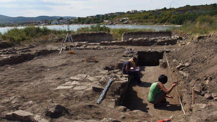 Ценни находки в ранновизантийския град Хрисосотира край Черноморец