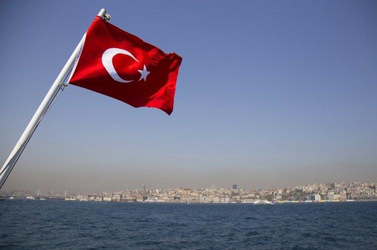 Османска творба и стихове от Корана заменят Траурния марш на погребения на войници в Турция