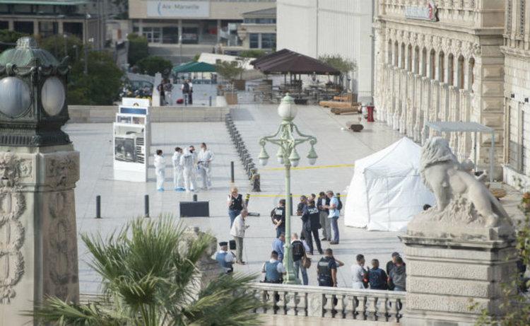Две жени убити с нож на гарата в Марсилия. Ислямска държава пое отговорност