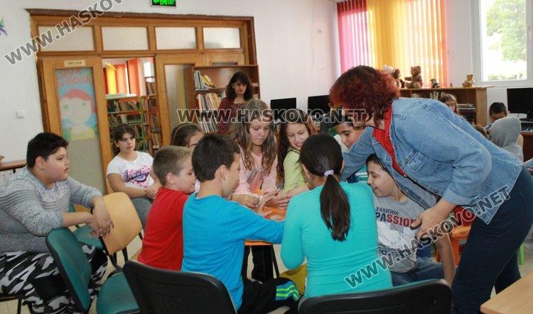 За гостите имаше организирани забавни игри и много положителни емоции.