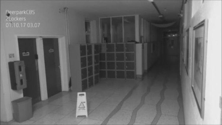 Заснеха духове в ирландско училище (видео)