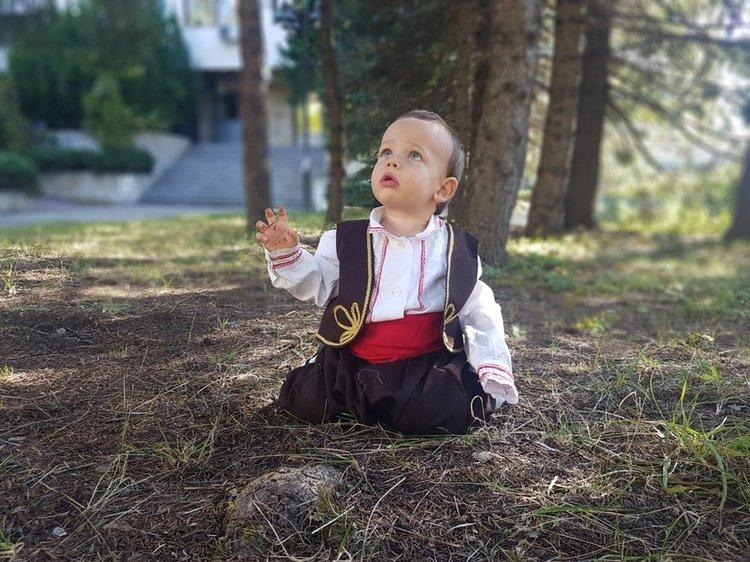 Стефан Николов Спиридонов от Смолян е на 1 година и 3 месеца