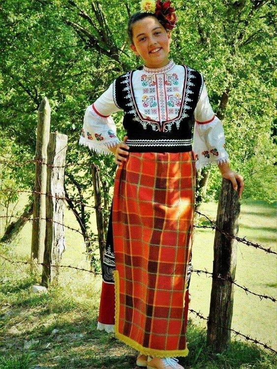 Джулия Маданска,11 г.,с. Чепинци