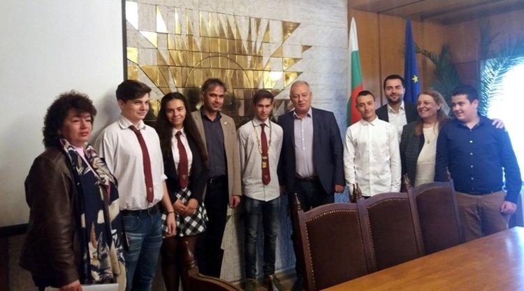 Иван Стоянов седна в креслото на кмета на община Смолян