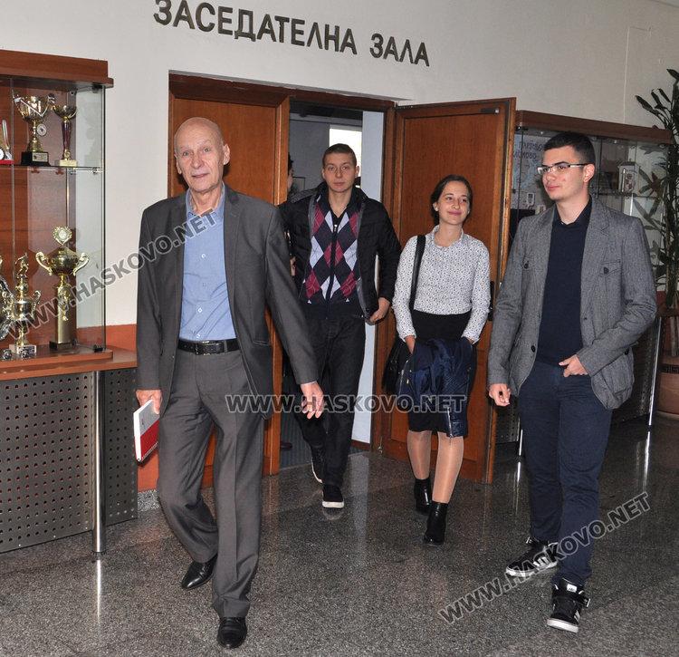 Тодор Кирев смени Беливанов като кмет, нови шефове в общината