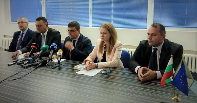 Полицейският началник в Пловдив предоставял услуги на ало измамниците