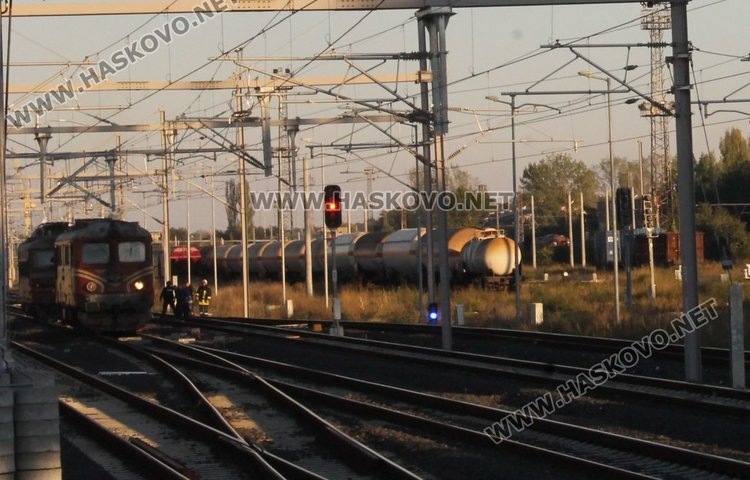 Локомотив се запалил в близост до димитровградската гара