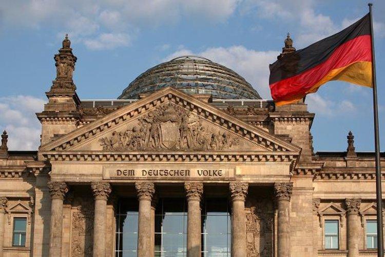 DW: Всеки трети българин в Германия е на социални помощи