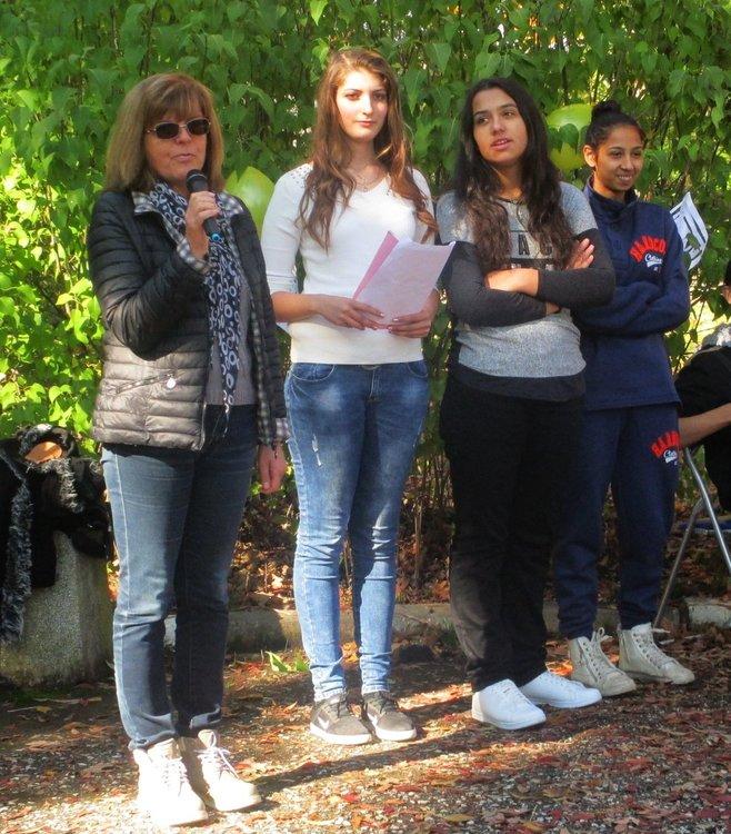 Посрещнаха с парти новите попълнения в димитровградската Професионална гимназия