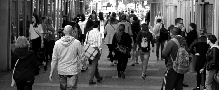 Потребителите очакват влошаване на финансовото им състояние
