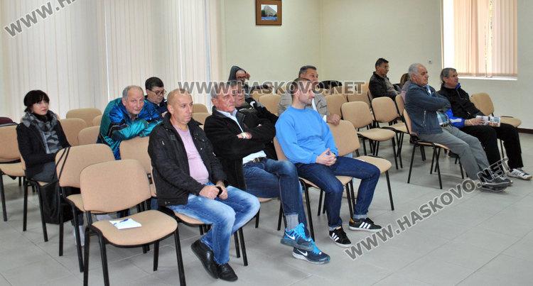 Спортът и културата в Хасково: Кмете, пусни ни парите!