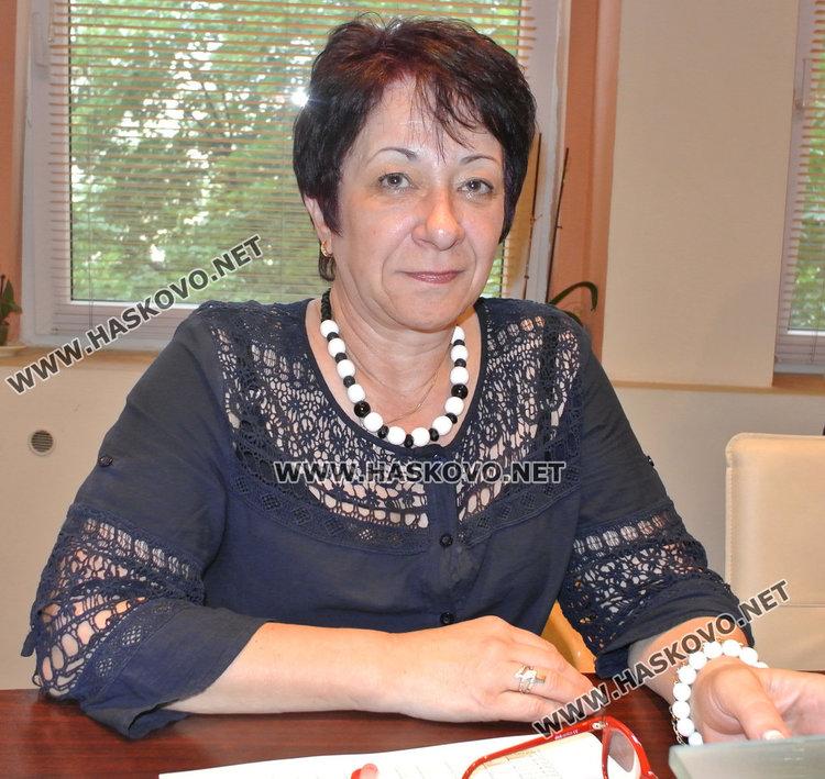 Христина Боева поема временно образованието в Хасково