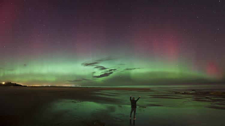Ярки сияния над северна Европа (видео)