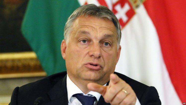 Унгарският премиер Виктор Орбан увеличи контрола на държавата над медиите