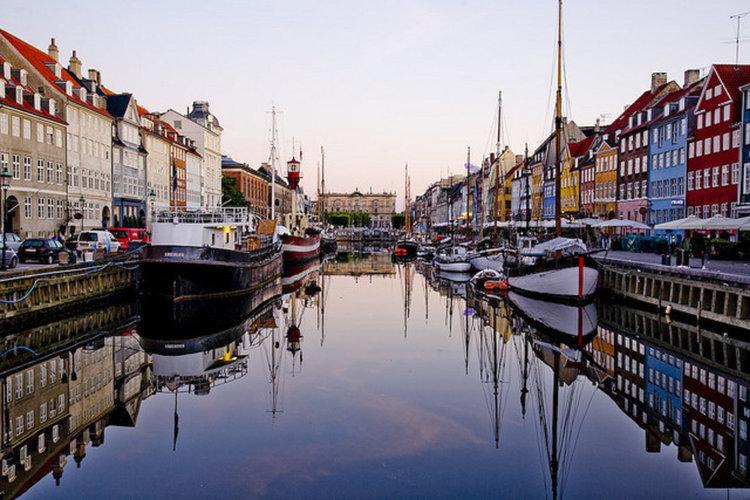 Дания иска спестовниците да започнат да инвестират