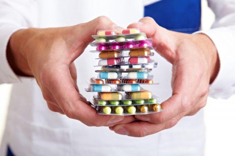 Властите погват лекарствената мафия