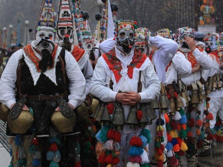 """Перник с национална награда """"Наследници на фолклорния огън"""""""
