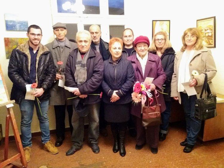 Дружеството на художниците постави началото на празниците с изложба