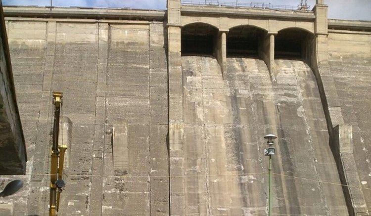Повишена мътност на питейната вода в Перник, ще има смущения в подаването й