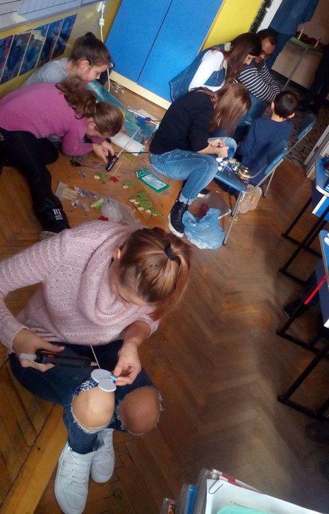 Алековци организираха Коледен базар в подкрепа на Габи и Радост