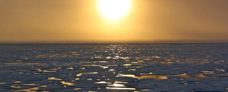 Океанското дъно потъва под напора на водата от топящите се ледници