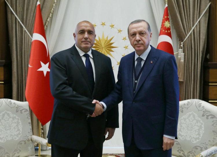 Адвокат на дявола ли е премиерът Борисов в отношенията Анкара - Брюксел
